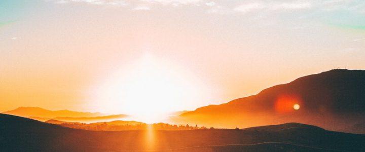 """Zum Internationalen Tag der Sonne: Vortrag """"Krebszellen mögen keine Sonne"""" von Prof. Dr. Spitz"""